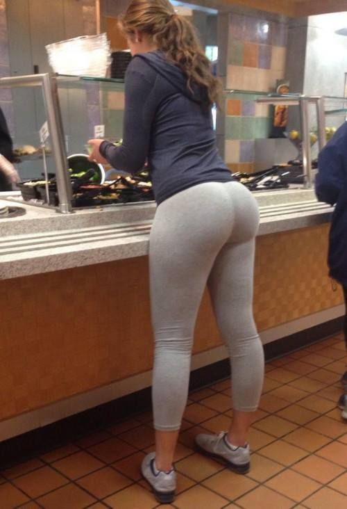 Big ass yoga pant